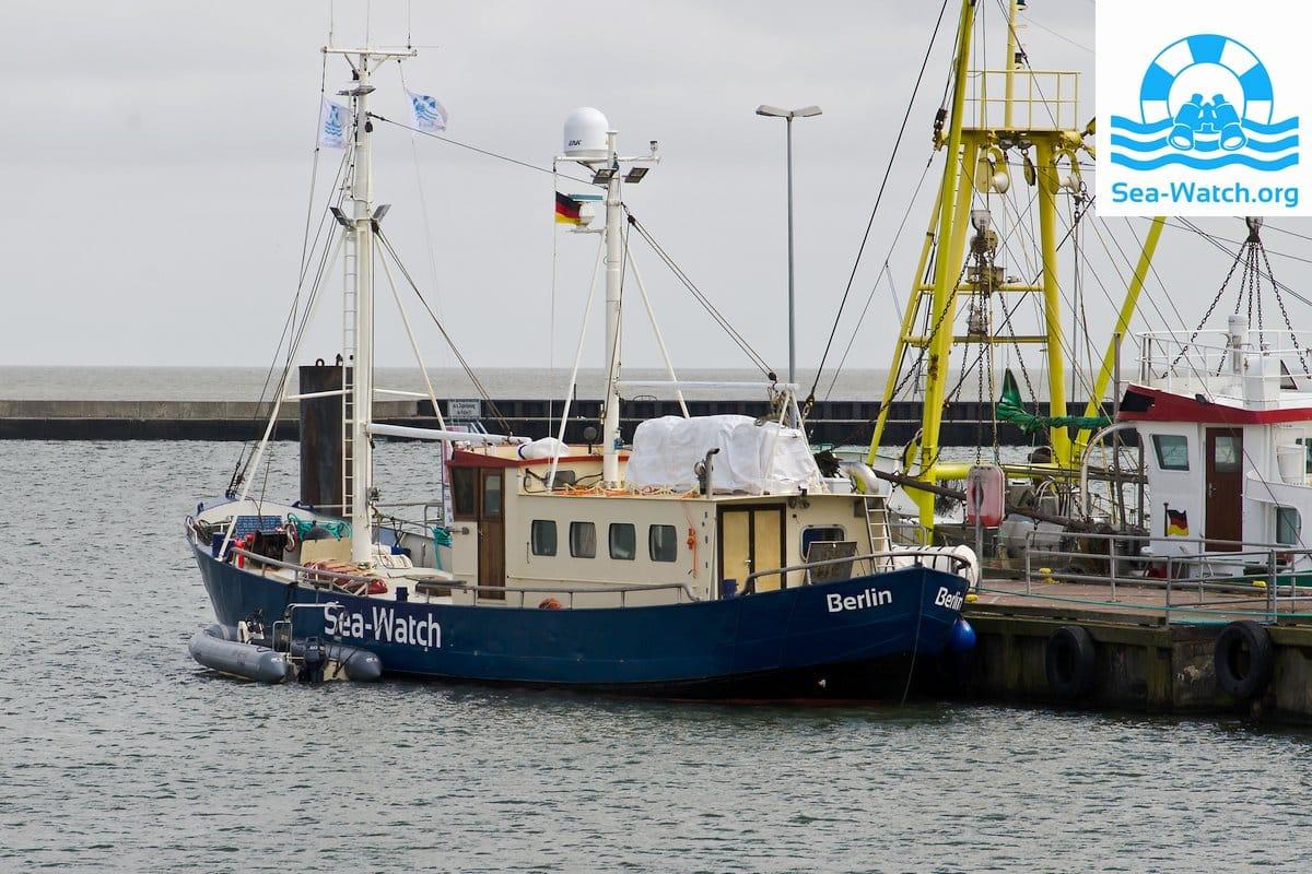 sea-watch_im-hafen-von-borkum_2