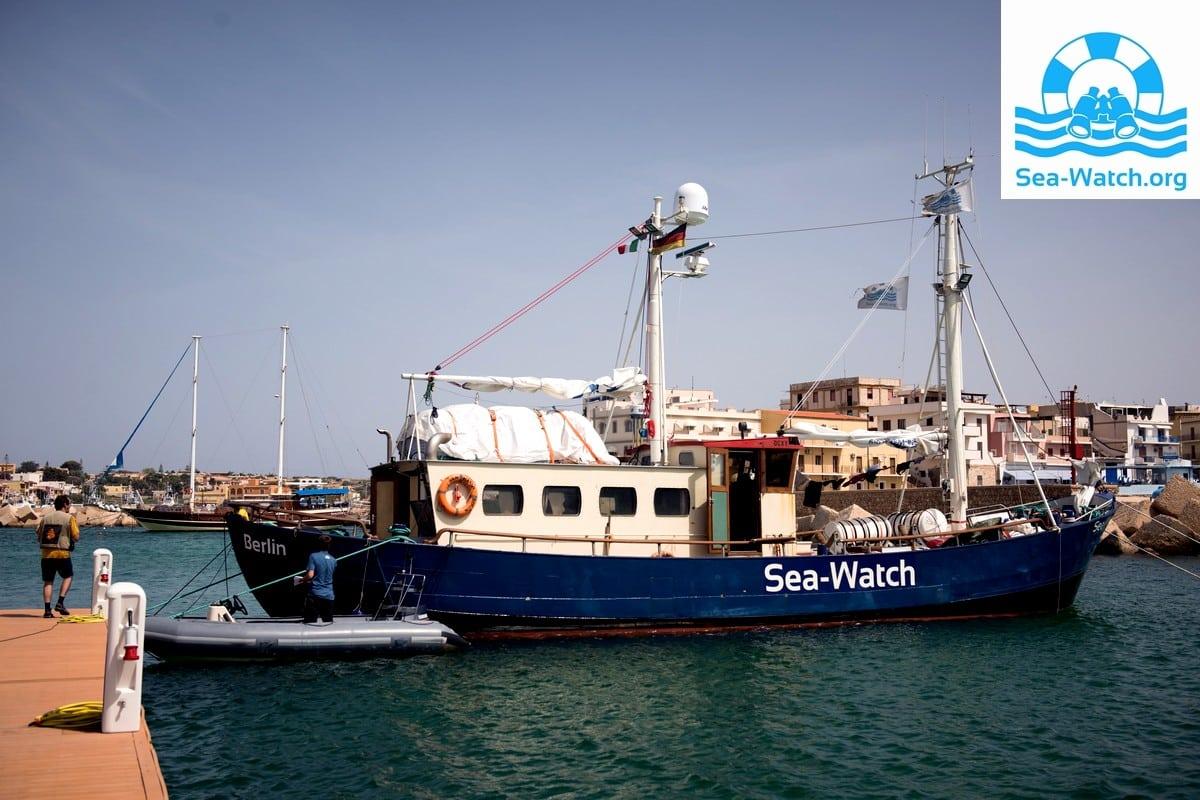 sea-watch_ankunft-auf-lampedusa_02