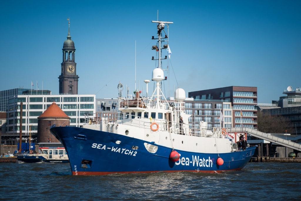 Sea-Watch 2 – Hamburg Stadtpanorama