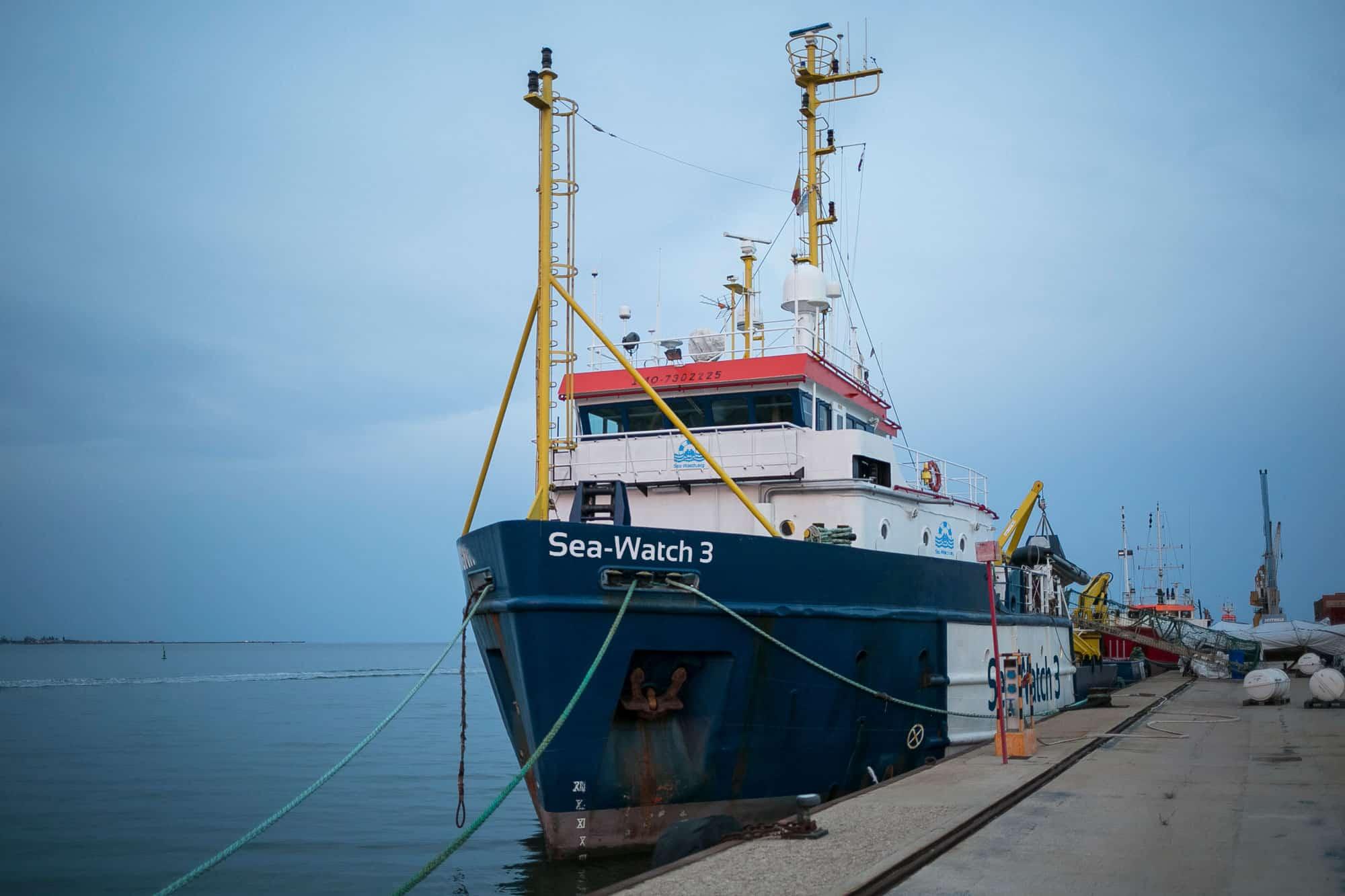 sea watch - photo #14